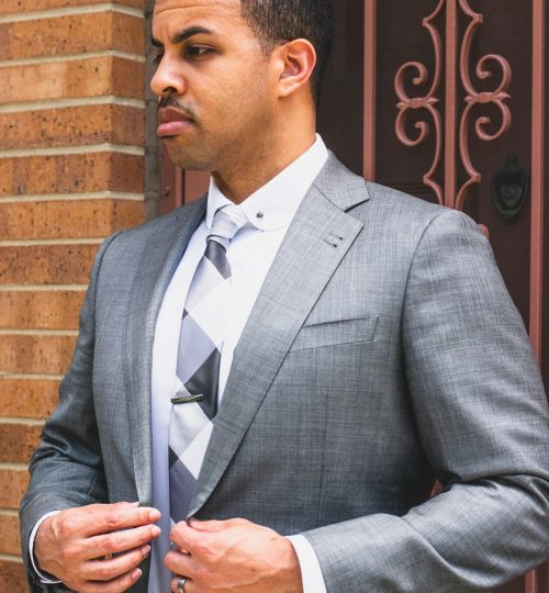med-photo-of-man-in-gray-suit-2282959